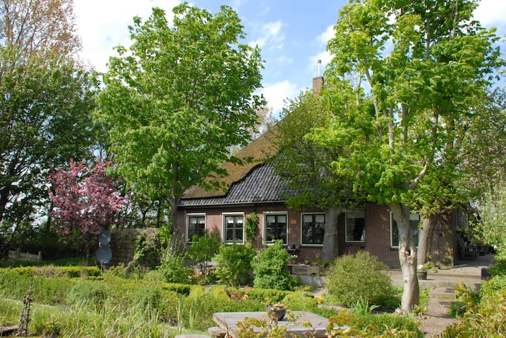 Bed en Brood de Eenhoorn - Wieringerwaard - Bed & Breakfast