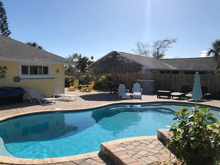 Gorgeous -Coco  Beach House W/Private Heated Pool