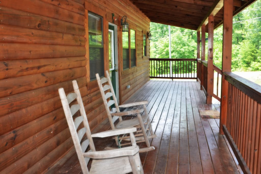 Dreamcatcher 39 S View 3 Bedroom 3 Bath Sleeping 12 Cabins For Rent In Sevierville Tennessee