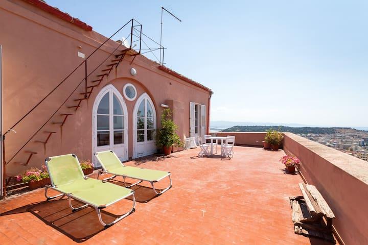 Superattico Panoramicissimo  - Cagliari - Apartment