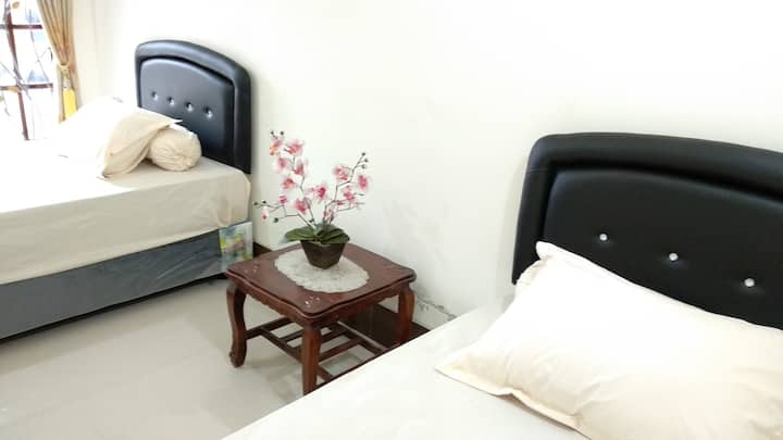 Bali GuestHouse (1 Room, Twin Bed, 2 Guest)
