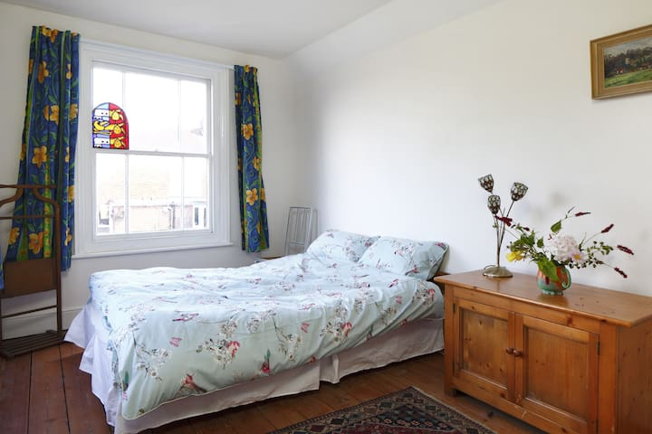 South Downs Way double room - Poynings - Bed & Breakfast
