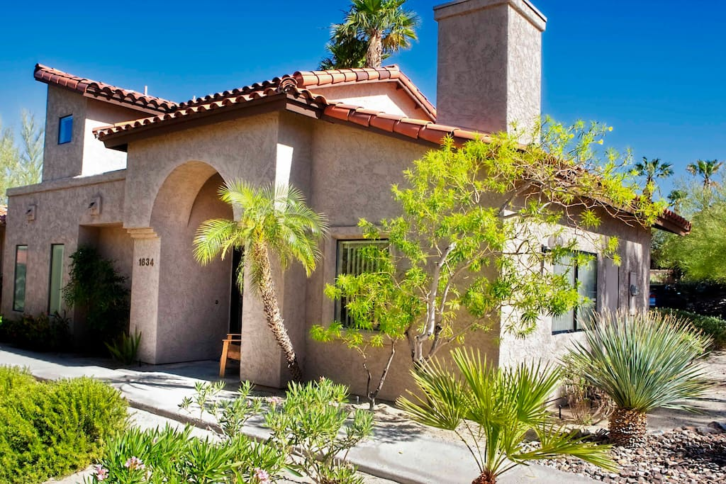 borrego springs buddhist dating site Explore an array of borrego springs, ca vacation rentals, including houses, condos & more bookable online choose from more than 105 properties, ideal house rentals for families, groups and couples.