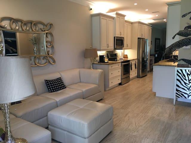 New Construction in Ormond Beach - Ormond Beach - Villa