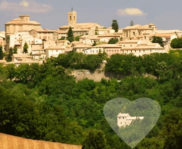 Twelfth-century hist home Romantica - Cingoli - Penzion (B&B)