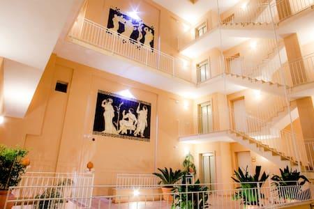 Elegante loft nel cuore di Lecce - Lecce
