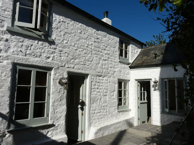 """""""Bellas Mouse"""" - Cottage and Annex. - Falmouth - Maison"""
