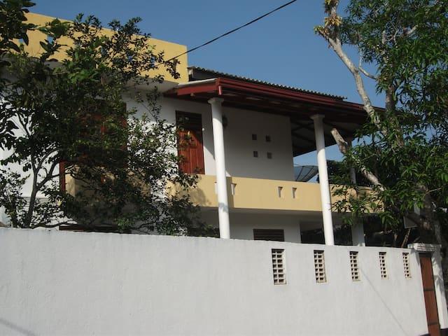 lalith villa101 - Hikkaduwa - House