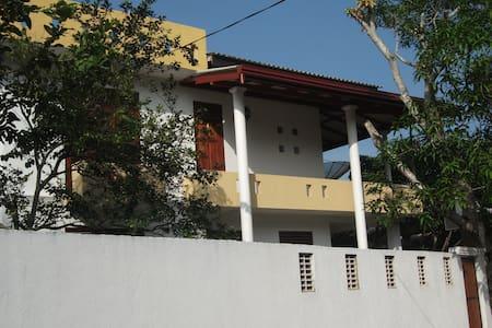 lalith villa101 - Hikkaduwa
