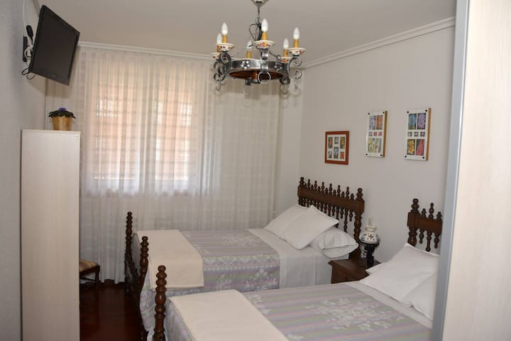 F. Double room in the SARDINERO