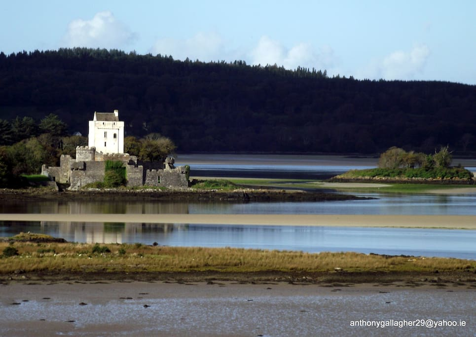 doe castle ,creeslough ,co donegall