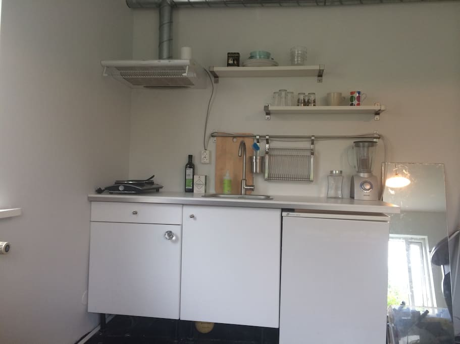 Newly renovated kitchen corner with all you need for cooking.