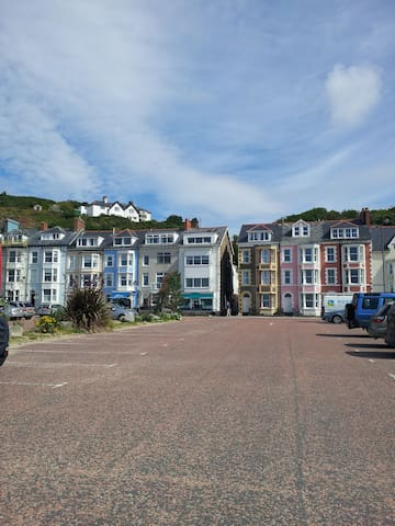 Lovely seafront 2 bedroom apartment - Aberdovey - Apartment