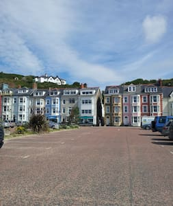 Lovely seafront 2 bedroom apartment - Aberdovey