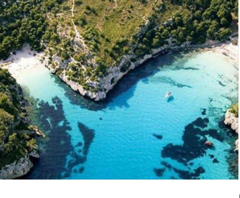 Espectaculares playas virgenes de Macarella y Macarelleta