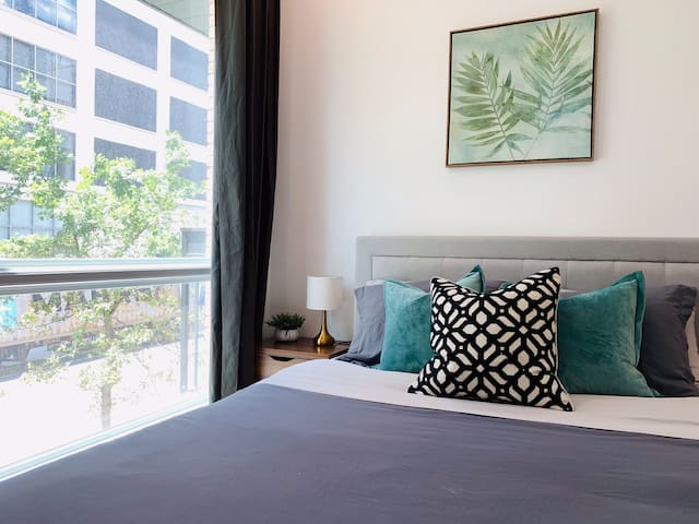 NEW Modern 2Bedroom by Barclay Center with Balcony