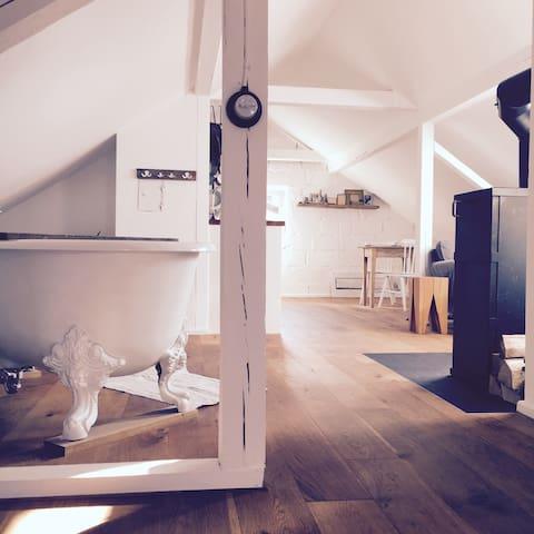 Exklusives,ländlich gelegenes Loft, 20 Min von FFM - Johannesberg - 아파트