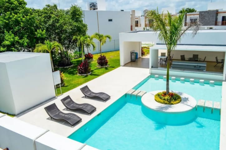 New House in Puerto Morelos, 8 Persons AC full eq