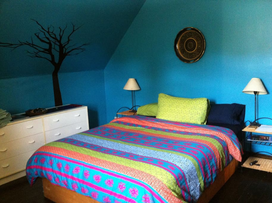 The Blue/Green Bedroom.