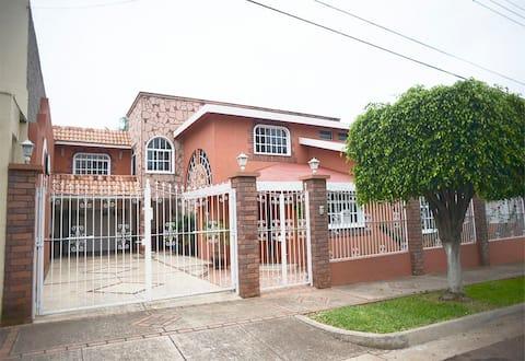❂ Casa Colonial Americana 1 ❂