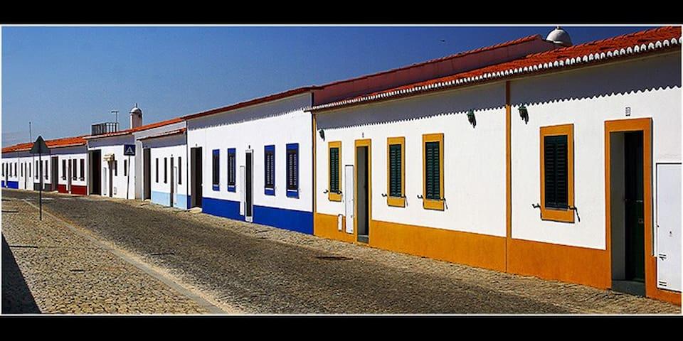 Casa na Aldeia da Luz - Barragem do Alqueva