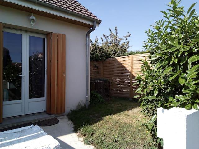 Studio-house furnished by Barbara