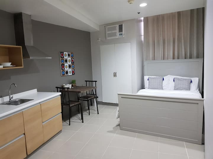 Cozy Studio with best location in Makati City