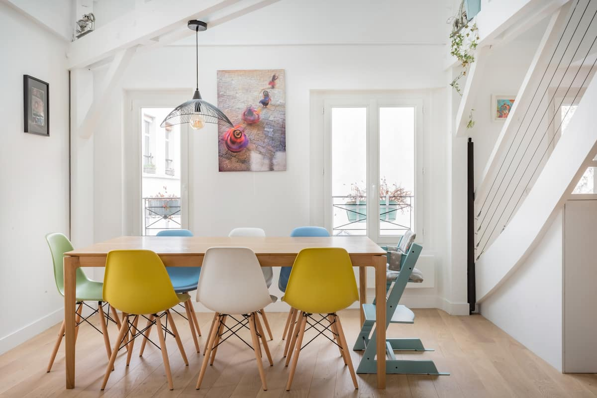 Sunny, Family-Friendly Parisian Duplex