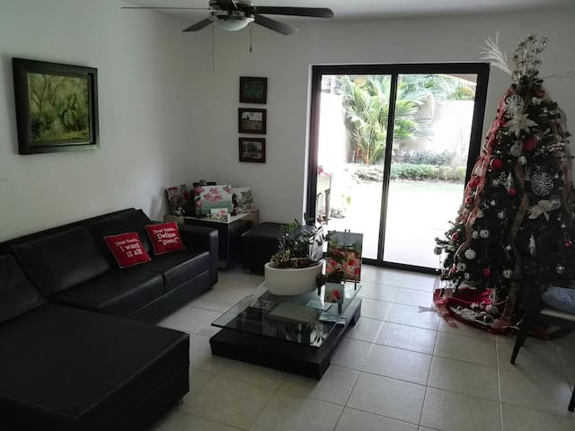 Family House in Panama (with 2 bedrooms)