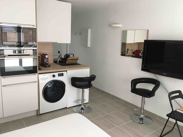家具的公寓STUDIO