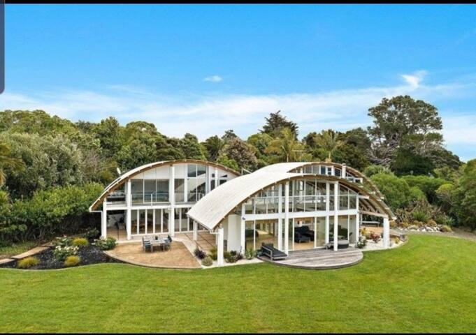 Gorgeous sea side location north Auckland