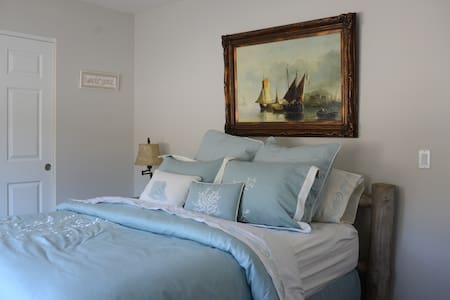 Luxury Nautical Room with Queen Bed