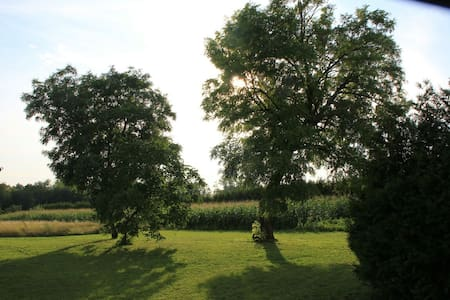 Country House in Europe's heart - Mérges