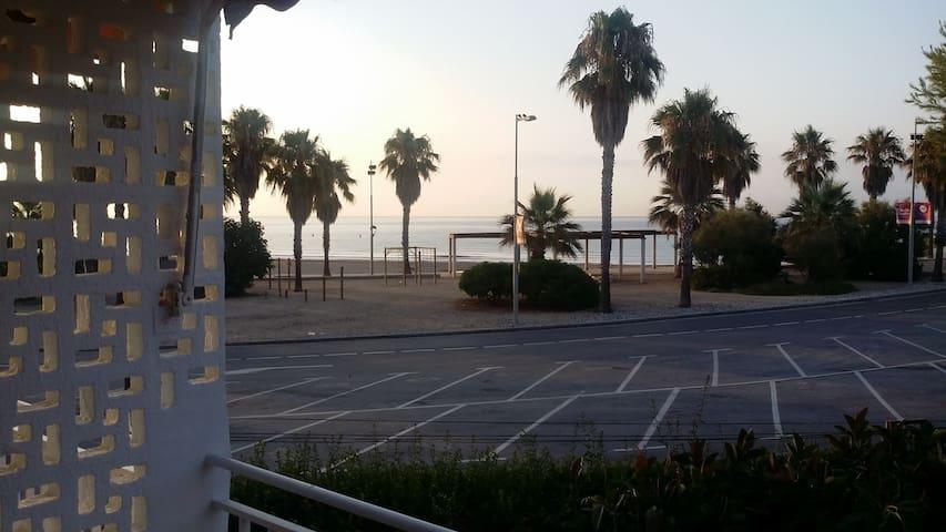 Apartamento junto al mar - Tarragona - Apartament