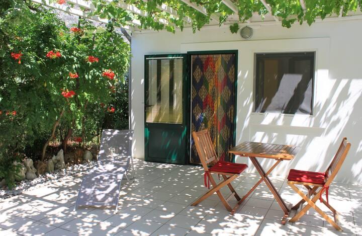 Cozy bungalow in Mljet island