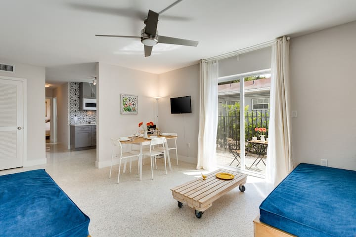 Mimo61-2 | Spacious 2BD Terrace & FREE PARKING