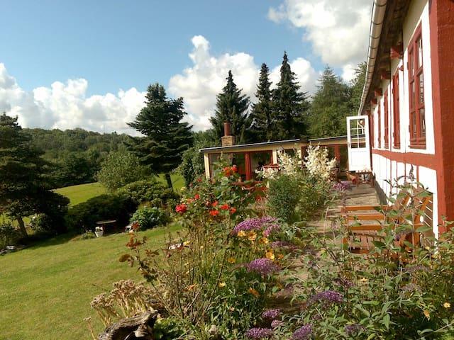 En natur oase med idyl og ro - Gudhjem - Casa