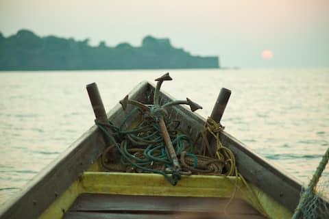 Fishing Villa with Stunning Sea Views