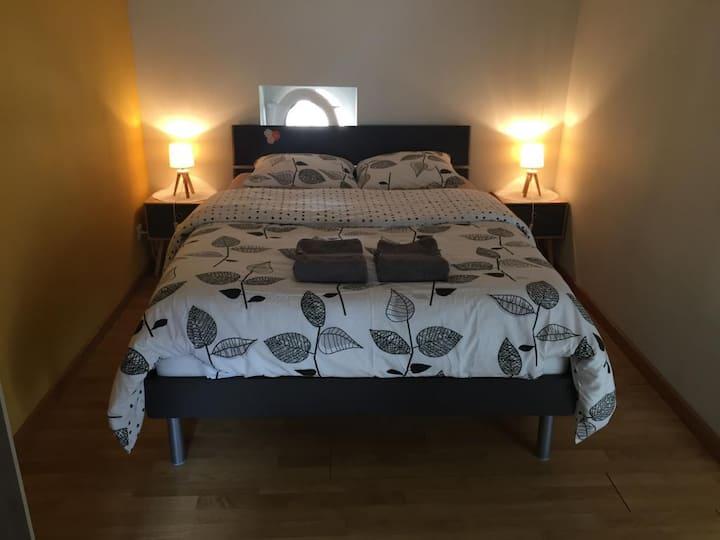 Jolie chambre idéale pour WE ou nuitée