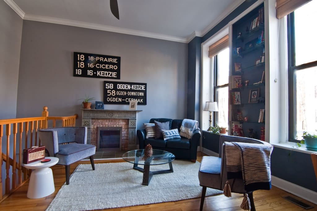 2 Bedroom 2 Bath Duplex In Lincoln Park Chicago Condominiums For Rent In Chicago