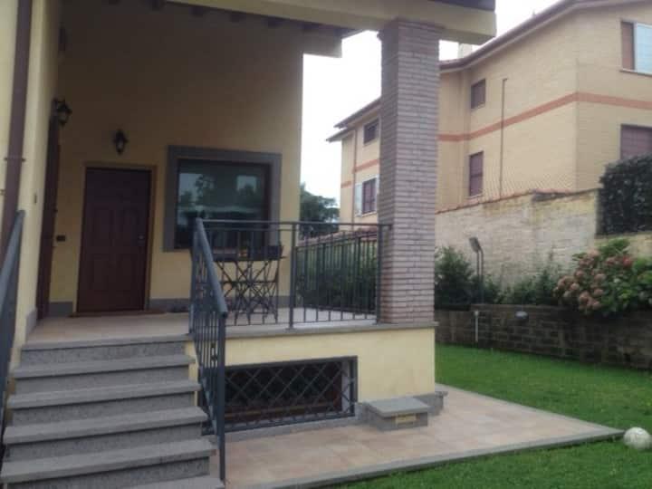 A Roma una villa nel verde lungo la via Francigena
