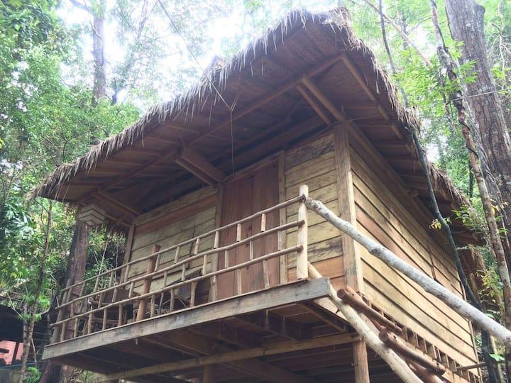 Sea View Tree House @ Jungle Bay Eco-Lodge