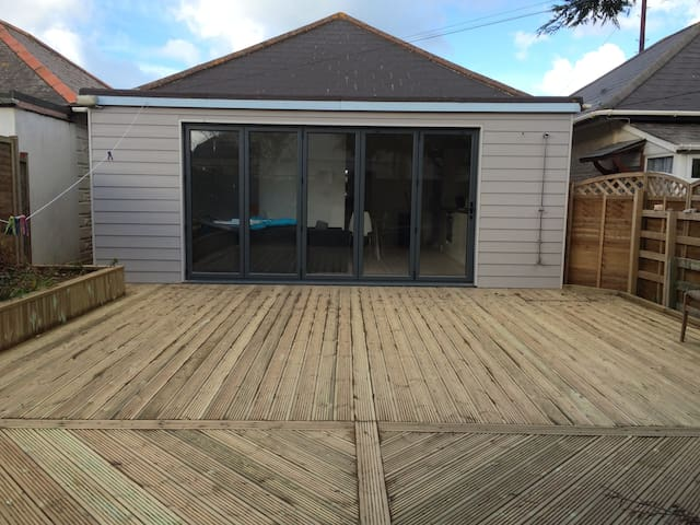 Beachside retreat, perfect to relax offers welcome - Perranporth - Hus