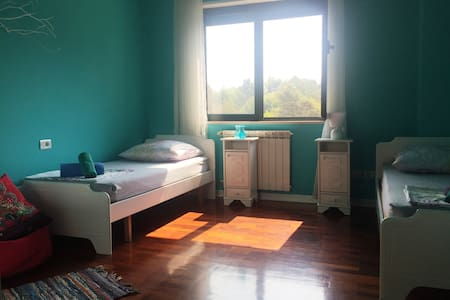 Cozy Room with Pleasant Lake View/ (NOT AVAILABLE)