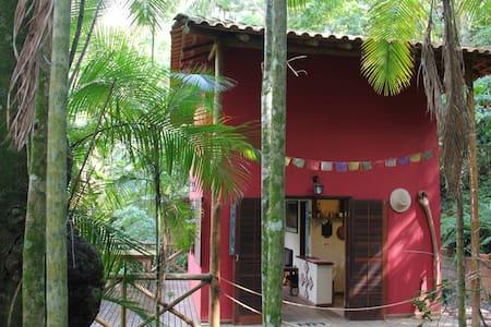 Casa 3 Jóias - Parati