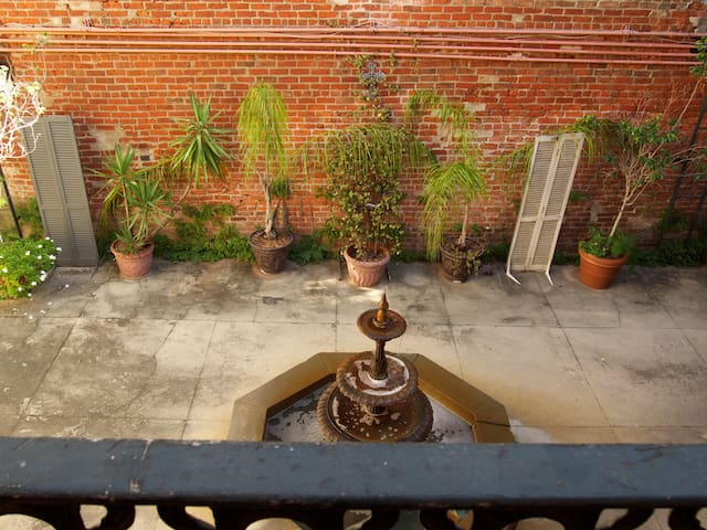 Pied-a-terre in coveted area of the Quarter - New Orleans - Appartement