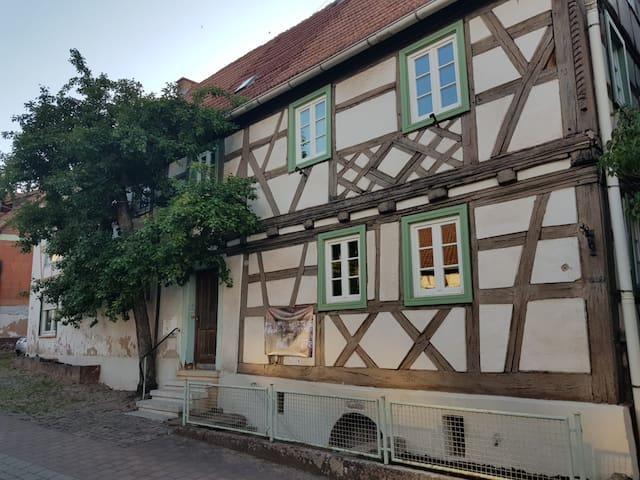 Rumbach, Dahner Felsenland: Zimmer für max 3 Pers.