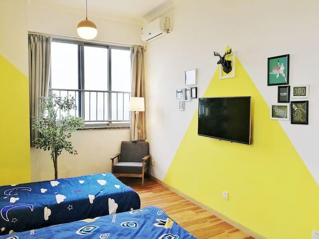 优家美地自由公寓 上下九地铁上盖•特色套房•西关美食近在咫尺 - Guangzhou - Apartment