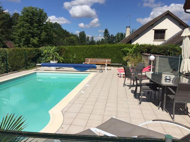 2 ch 5p maison piscine proche Châlons en Champagne - Écury-sur-Coole - Casa