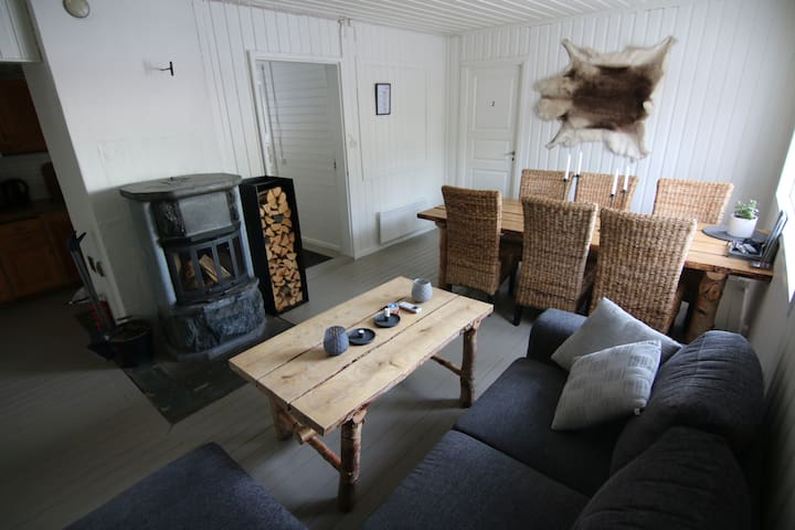 Shared living/dining/fireplace